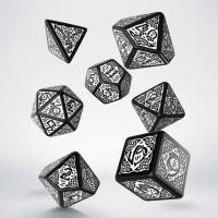 Q Workshop Celtic 3D Opaque Black & Green 7 Dice Polyset